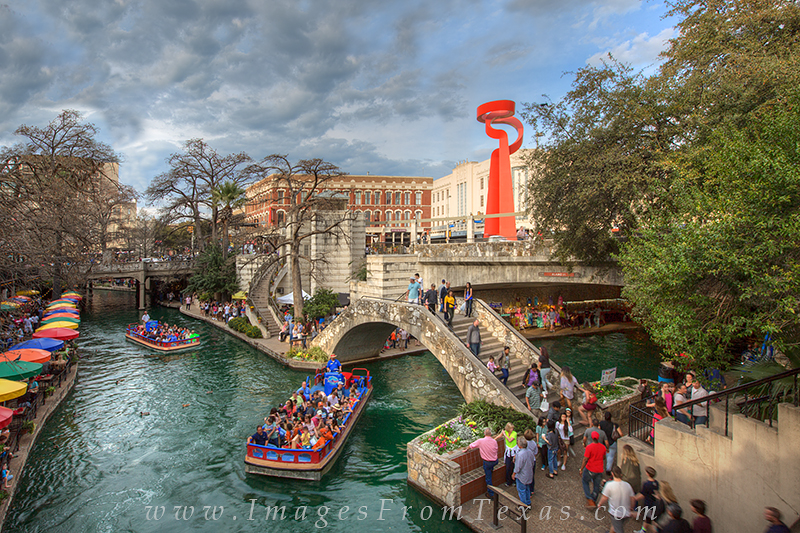 san antonio riverwalk,torch of friendship,san antonio images,riverwalk photos, photo