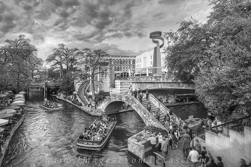 san antonio,riverwalk,black and white,downtown,san antonio prints,city prints, photo