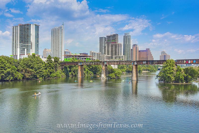 austin skyline,downtown austin images,austin texas images,lady bird lake,zilker park, photo