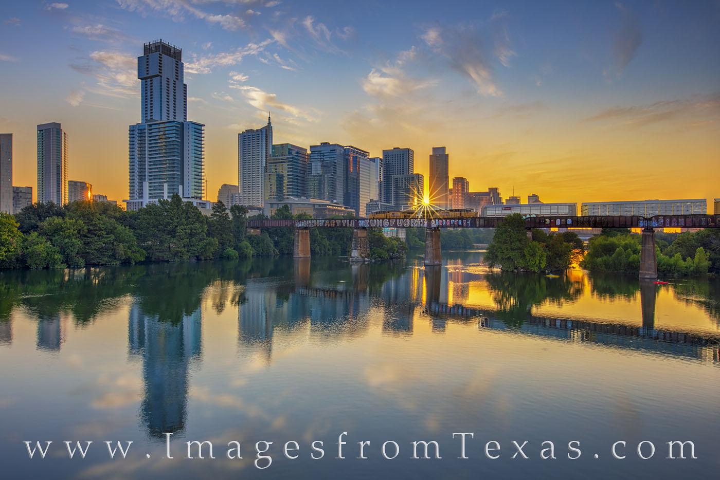 train, ladybird lake, austin, downtown, sunrise, pfluger bridge, photo