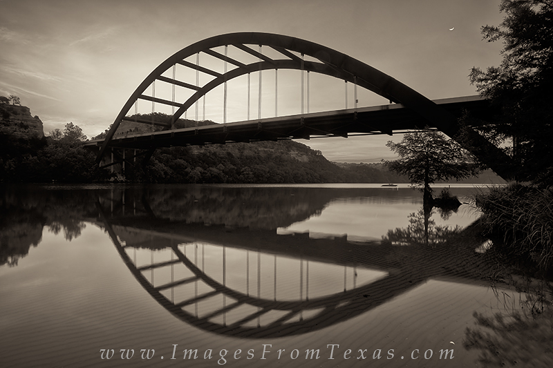 pennybacker,pennybacker bridge photos,pennybacker bridge,360 bridge,austin bridges,bridges of austin,austin,texas,austin tx,pictures of austin,photos of austin,austin texas photos,austin texas picture, photo
