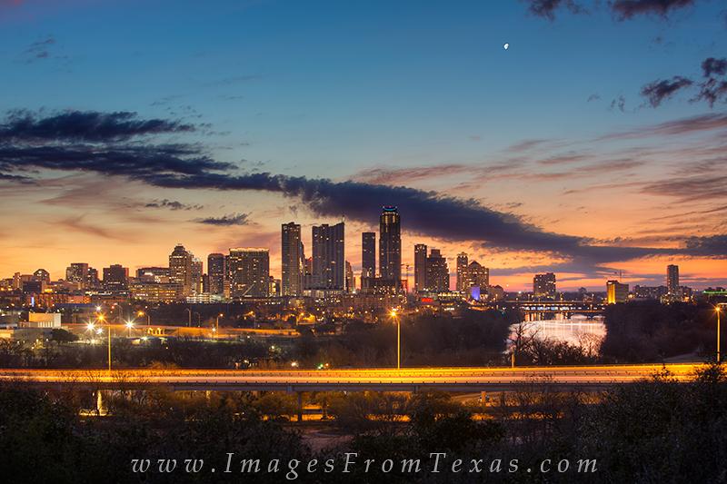 austin texas,austin texas cityscape,zilker park clubhouse,zilker clubhouse,downtown austin images, photo