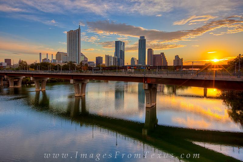 austin cityscapes pictures,austin from lamar bridge,sunrise over austin,austin texas photos, photo