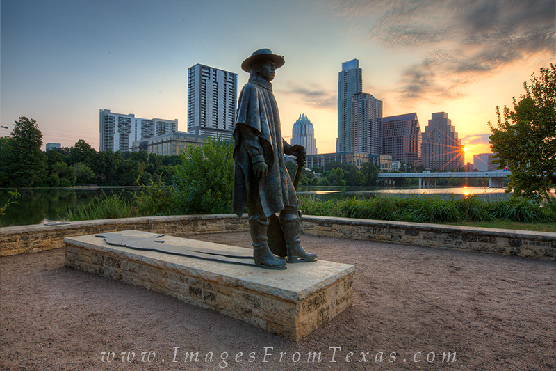 Stevie Ray Vaughan Statue,SRV Statue images,Austin skyline images,Stevie Ray Vaughan and Austin skyline,Austin texas photos, photo