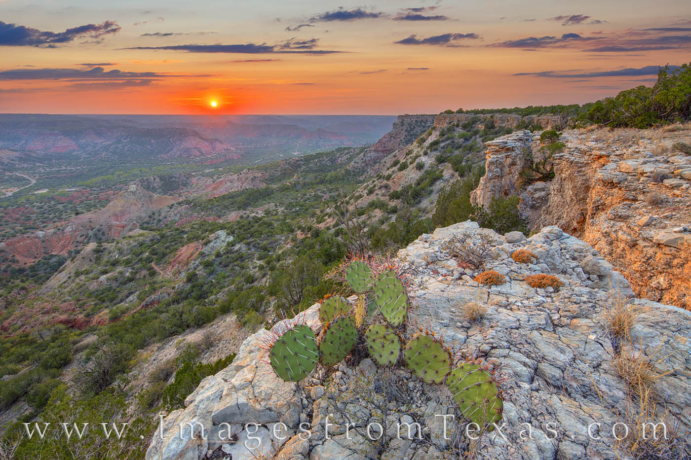 palo duro, fortress cliff, sunset, october, hiking, off-trail, vista, beauty, west texas, prickly pear, photo
