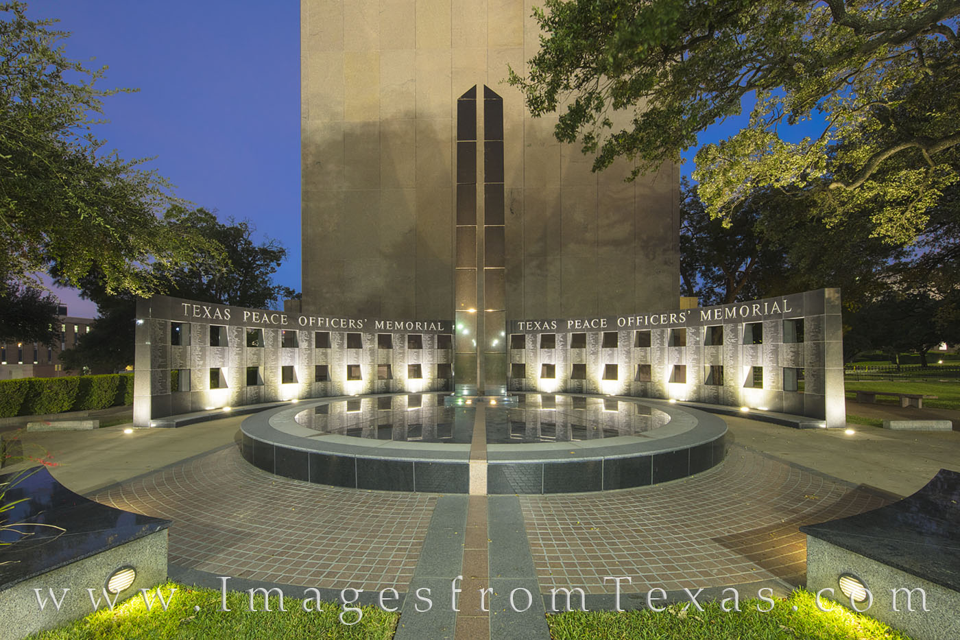 texas state capitol, texas officers memorial, texas memorial, officers, officers memorial, state capitol images, texas capitol images, austin texas, austin memorial, austin images, photo