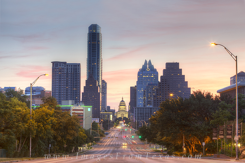 Texas State Capitol Images,Austin Texas,Congress Avenue,Austin skyline images,Austonian,Frost Tower, photo