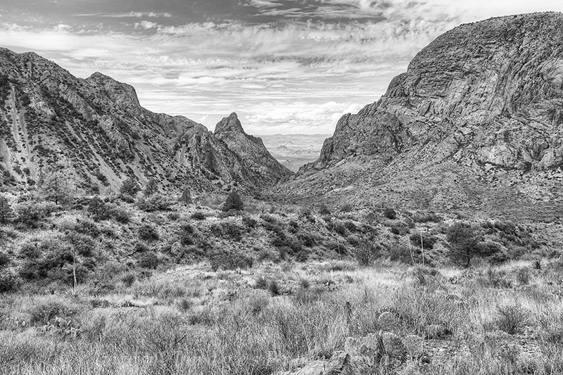 big bend in black and white,black and white,big bend national park,the window,texas landscapes, photo