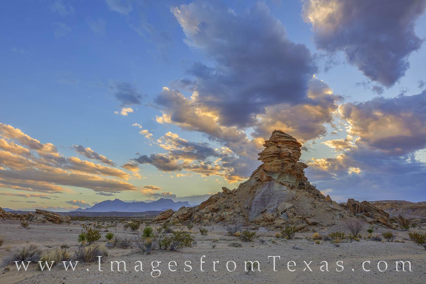 big bend, hoodoos, tornillo flats, chisos mountains, chihuahuan desert, sunset, big bend prints, texas national parks, sunset, photo