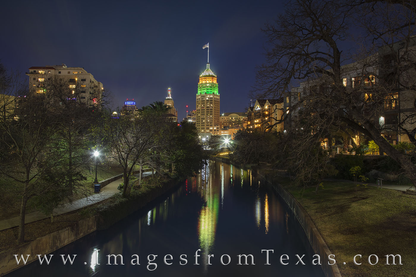 tower of life, san antonio, san antonio river, night, reflection, cold, december, high rise, photo