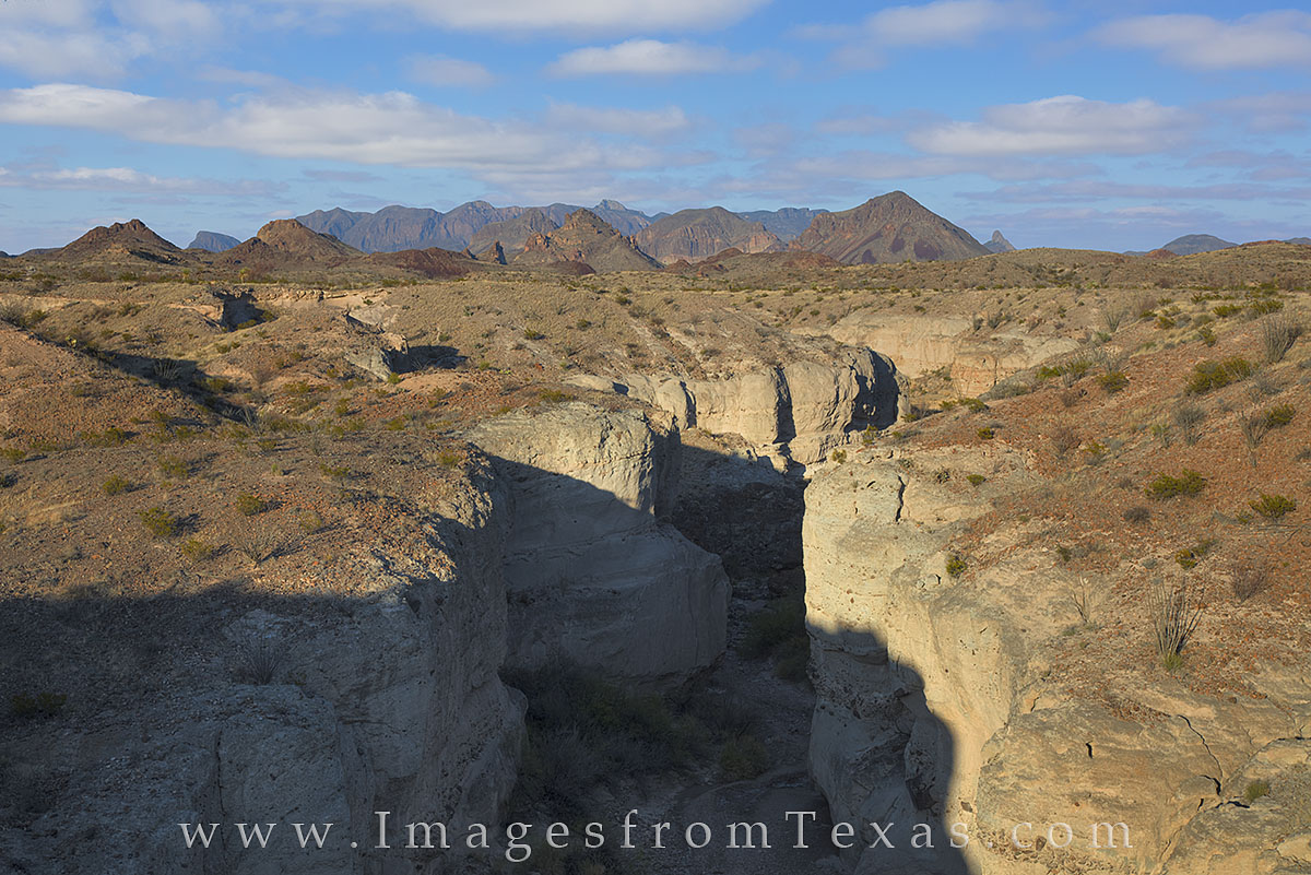 big bend national park, tuff canyon, chisos mountains, spring, big bend photos, chihuahuan desert, texas canyons, texas hiking, photo