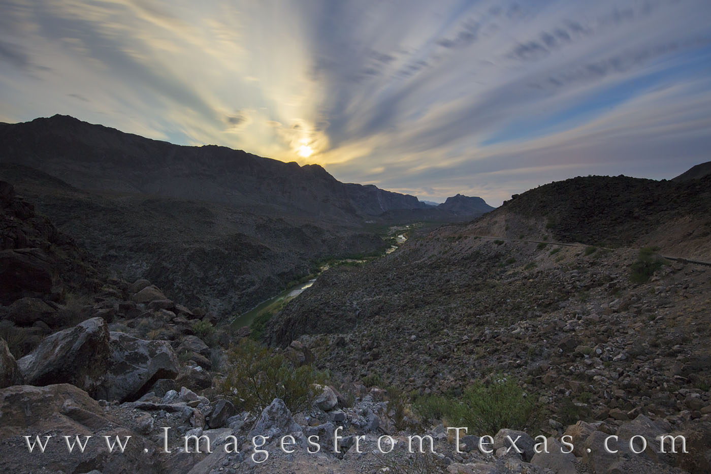 big bend ranch, rio grande, full moon, big hill, night, FM 170, dom rock, texas landscapes, state parks, Texas state parks, photo