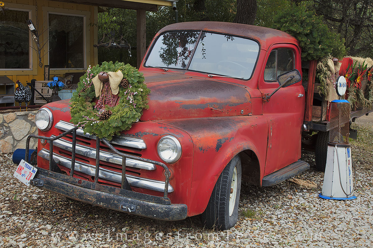 wimberley, christmas, truck, texas hill country, texas, antique, texas images, photo